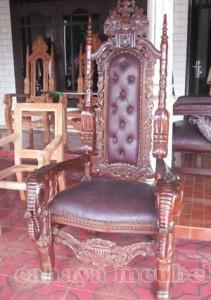 Kursi Raja Mewah Kayu Jati