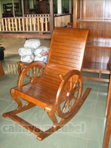 Kursi Goyang Kayu Jati