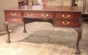 Meja Kantor Klasik Kayu Mahoni