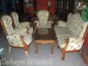 Sofa Tamu Grand Klasik Modern