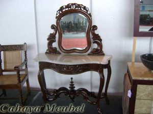Meja Rias Klasik Furniture Jati Jepara