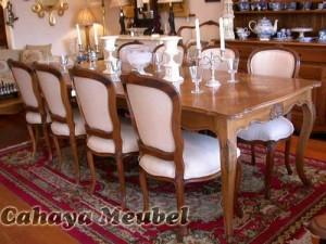 Set Meja Makan Kursi 8 Mewah Mebel Klasik Jepara