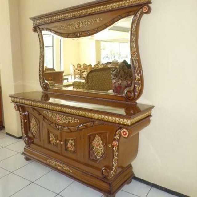 Set Bufet Ukir Hias Furniture Jepara