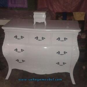 Bufet Bombay Cat Duco Putih