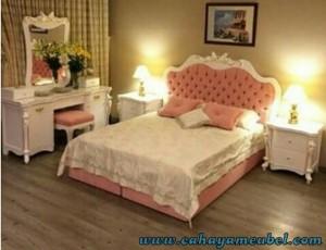 Kamar Set Mewah Jok Pink