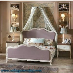 Set Tempat Tidur Minimalis Modern Warna Putih