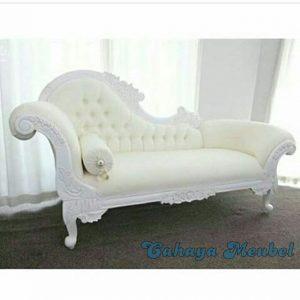 Sofa Lois Warna Putih Ukiran