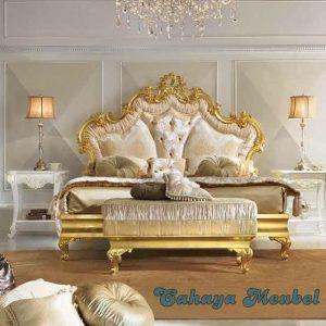 Tempat Tidur Mewah Warna Gold Mebel Jepara
