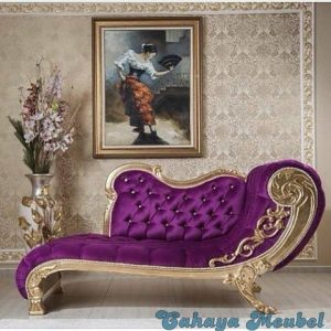 Sofa Santai Klasik Emas