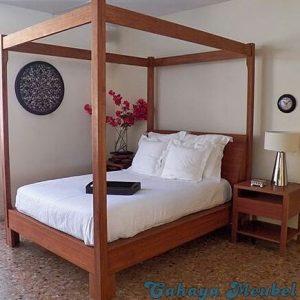 Tempat Tidur Modern Kanopi Kayu Jati