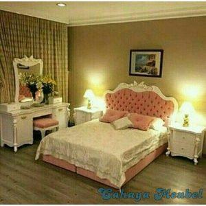 Set Kamar Tidur Mewah Duco Putih Jepara