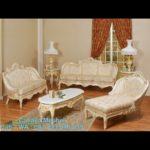 Set Sofa Tamu Mewah Putih Ukir