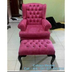 Kursi Santai Minimalis Pink