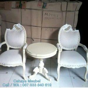 Kursi Teras Duco Putih Ukir Jepara
