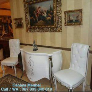 Set Meja Kursi Teras Klasik Duco Putih