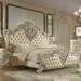 Tempat Tidur Mewah Warna Putih Ukir Jepara
